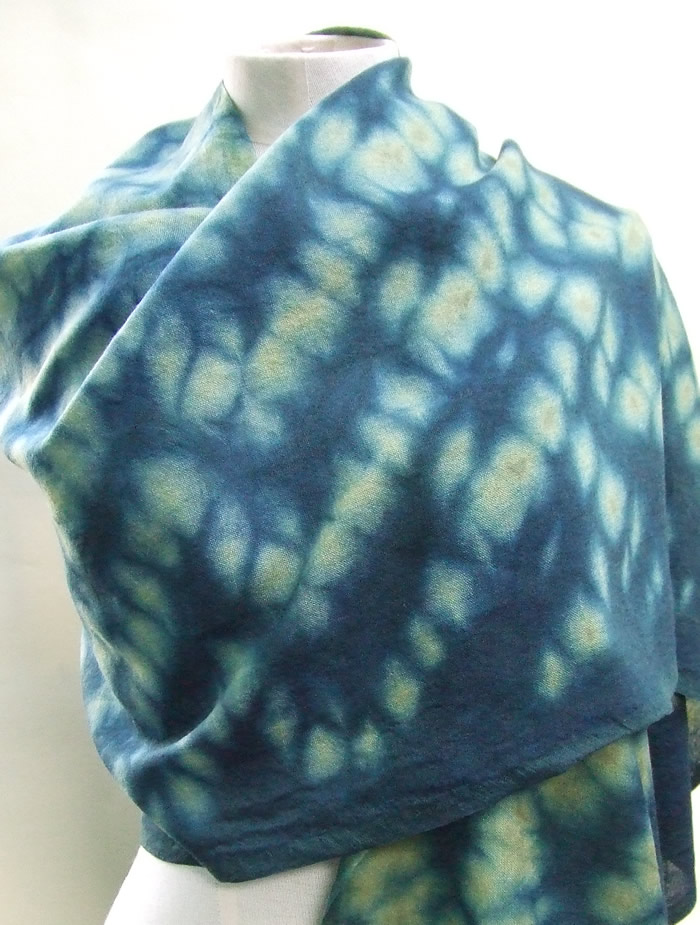 green honeycomb scarf